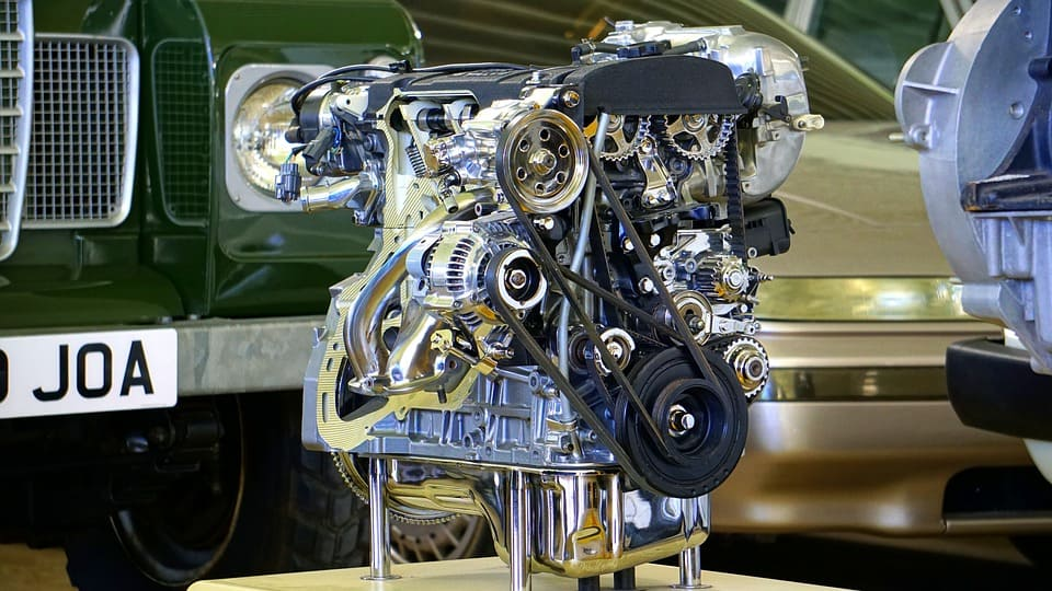 Ogni quanto cambiare l'olio motore della macchina